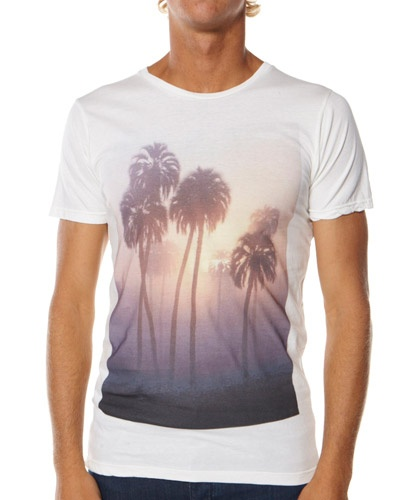 FOLKE: Sunsets Tees, Tees Inspiration, Tuxedos Coats, Margherita Sunsets, Graphics Tees, Dope Tees, Men Tees, Black Jeans, Beachi Tees Shirts