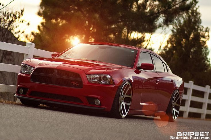 Dodge Charger R/T - All Muscle