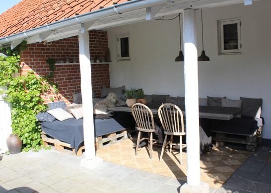 #Terrasse #bygget op af 15 #paller