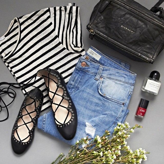 Weekend essentials featuring our WHIP lace up flat.  #jomercershoes #style #shopnow