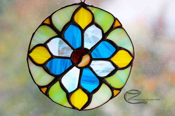 Blanka's mandala  Would you like a similar one too? write me! #mandala #czinamonglassart #czinamon #magyartermékonline #spirituality #spiritual #giftidea #handmade #light #mandalaart #tiffany #perfect #follow #instagram #instapic #color #message #sky #radiate #energy #blue #heaven #gold #divine #love #balance #meditate #fragnant