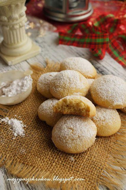 moje pasje: Kourabiedes (κουραμπιέδες) - greckie bożonarodzeniowe ciasteczka