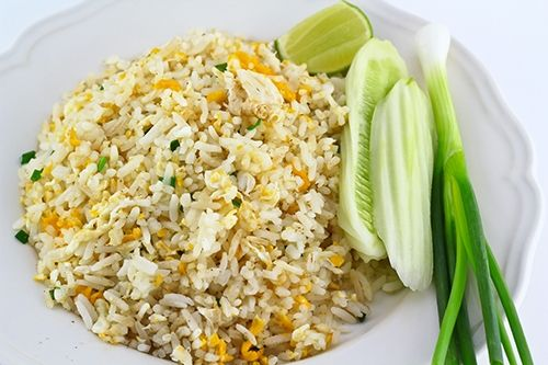 Arroz Frito Tailandés Te enseñamos a cocinar recetas fáciles cómo la receta de Arroz Frito Tailandés y muchas otras recetas de cocina..