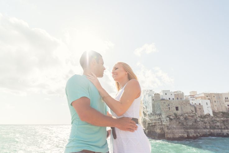 Heidi & Michael from Chicago USA Engagement in Polignano a Mare (Italy)