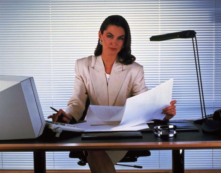 Личный помощник руководителя – это профессия, которая требует чёткого исполнения заданий и поручений руководства. Что надо знать соискателю на эту вакансию.