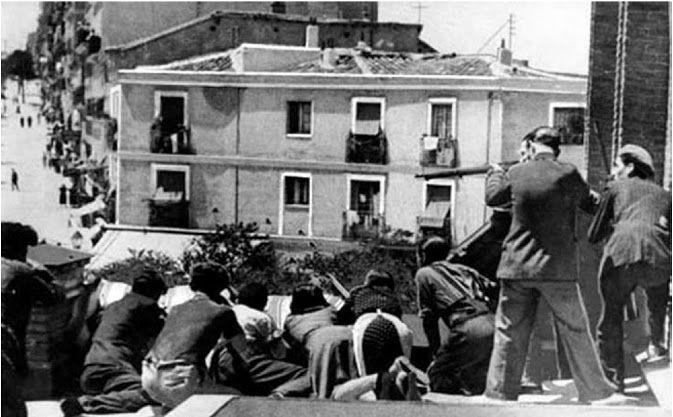 Búscame en el ciclo de la vida:   19 de Julio de 1936, techo de la iglesia de Santa Cristina.