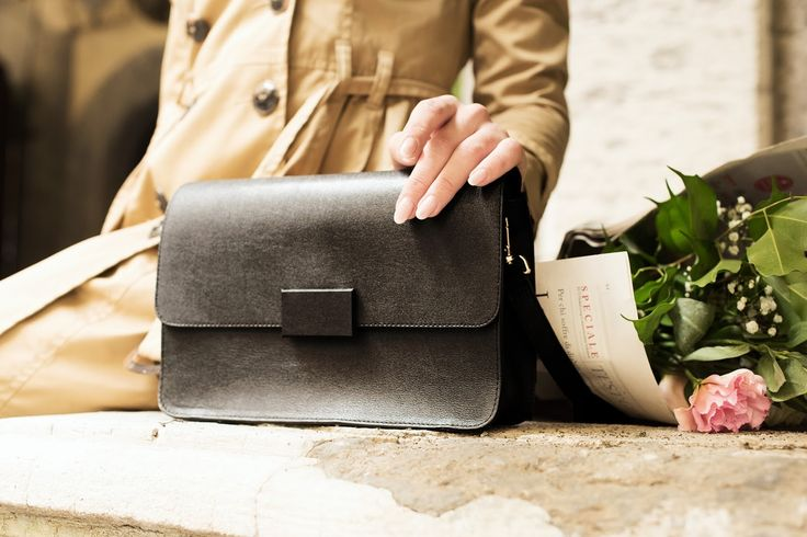 My Audrey Hepburn look: a modern twist to the most classic style.  Bag: Vagabond.