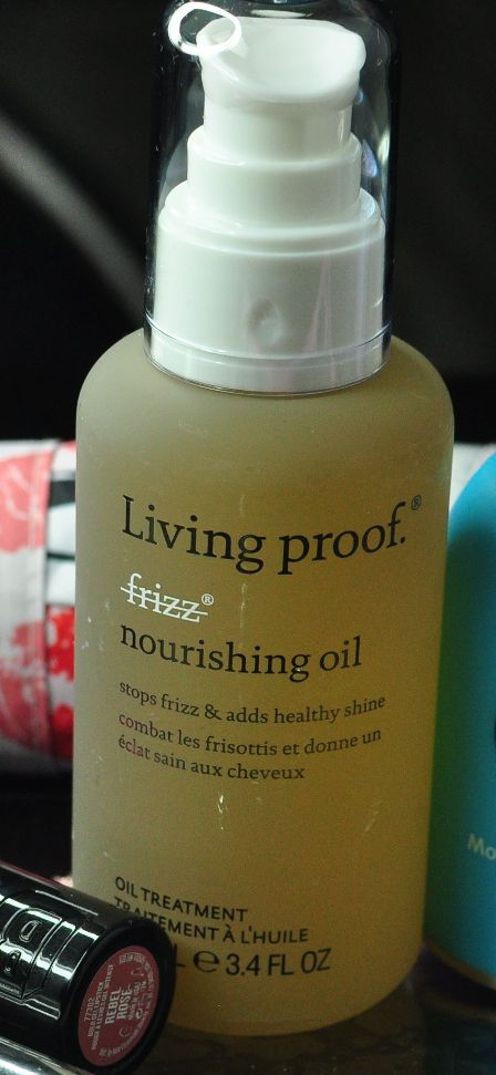 One of the best hair oils I've ever used - Living Proof No Frizz Nourishing Oil
