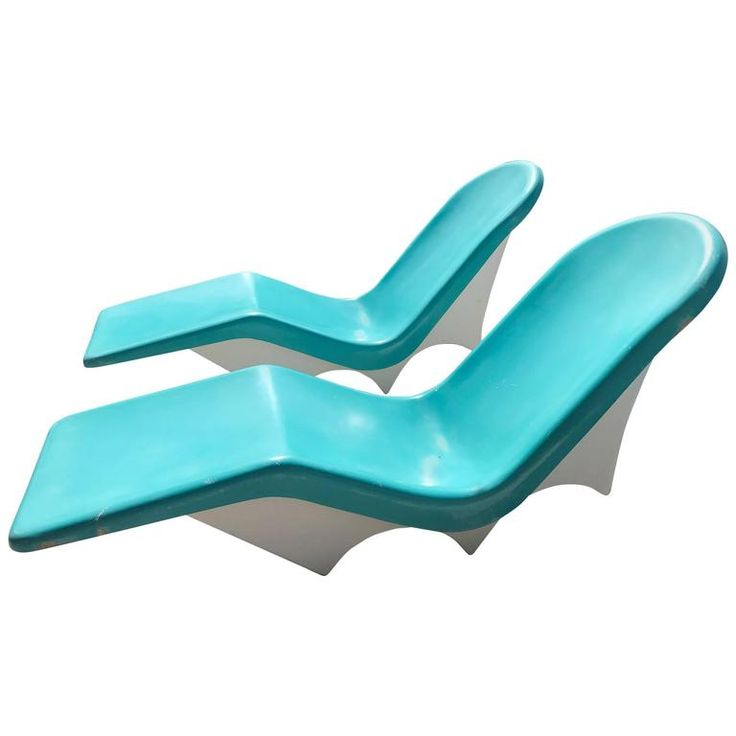 Pair of Mid Century Fiberglass Poolside Lounge Chairs by Lebarron of Californ