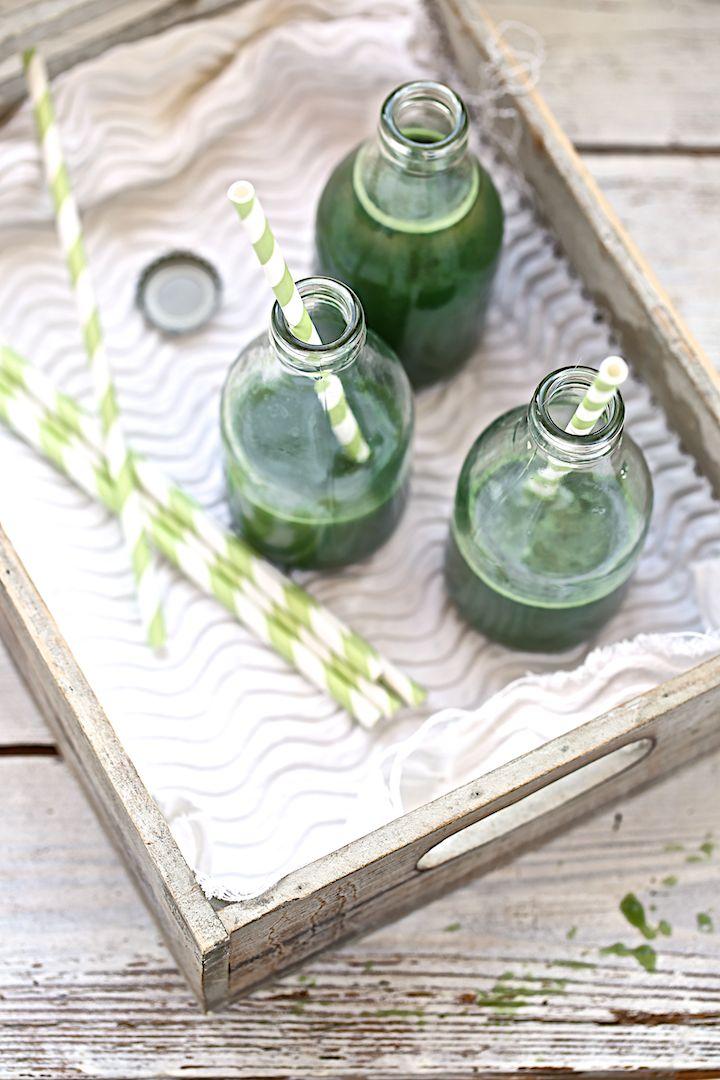 Saveurs Végétales: Jus : pommes, fenouil, citron, gingembre et spiruline...