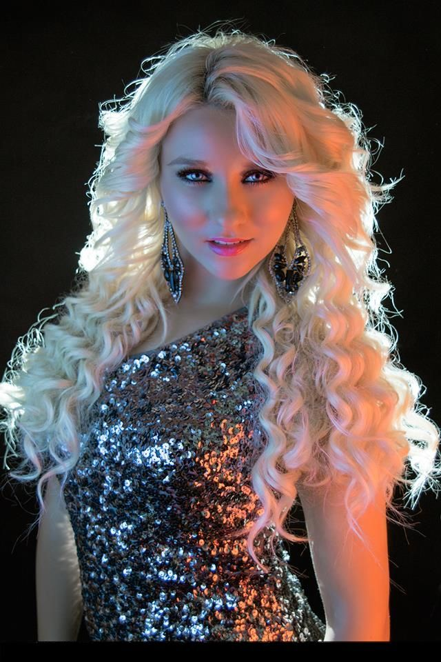 Interview with country singer Chelsea Crites