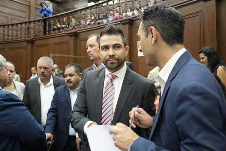 El coordinador del PRD en el Congreso del Estado indicó que las reformas al Código Electoral fueron aprobadas por la bancada perredistas para garantizar que los ciudadanos tengan la certeza ...