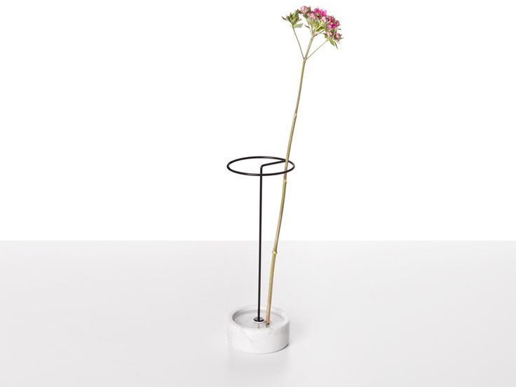 vase collection von deFORM studio