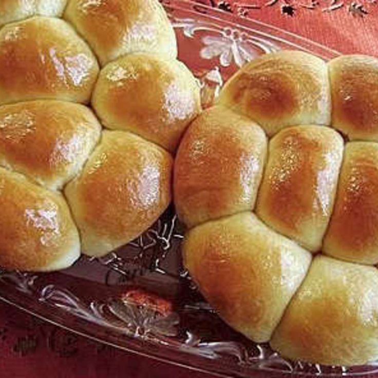 LOGAN'S ROADHOUSE DINNER ROLLS Recipe | Just A Pinch Recipes