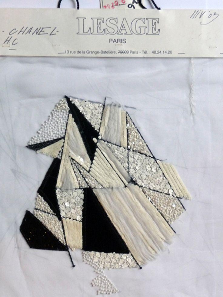 Echantillon de broderie choisi par François Lesage pour l'exposition à l'Aiguille en Fête en février 2009