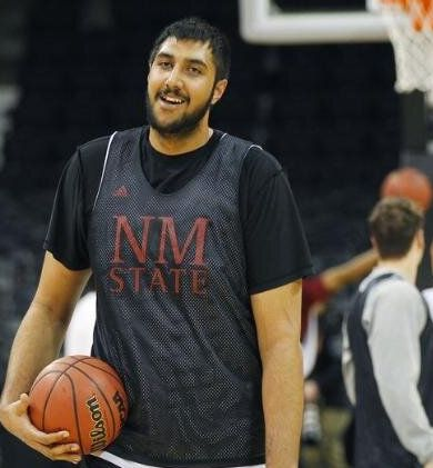 Meet Sim Bhullar, First Indian to Sign With the NBA - http://tickets.ca/blog/meet-sim-bhullar-first-indian-sign-nba/