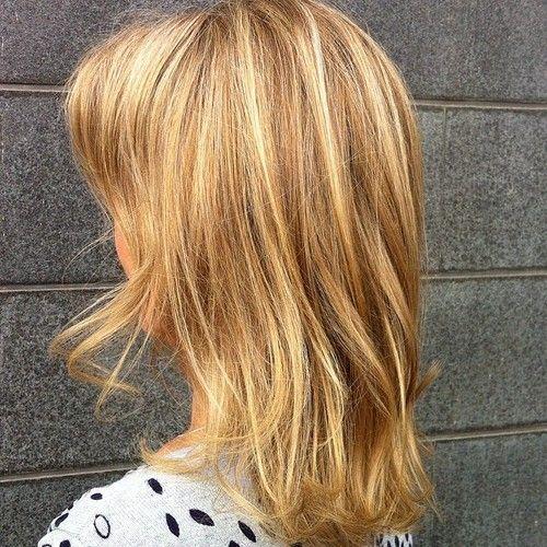 Lob - caramel lightbrown hair with highlights - Vaaleat karamelli raidat ja kiiltokäsittely tuhkaisen ruskeaan...