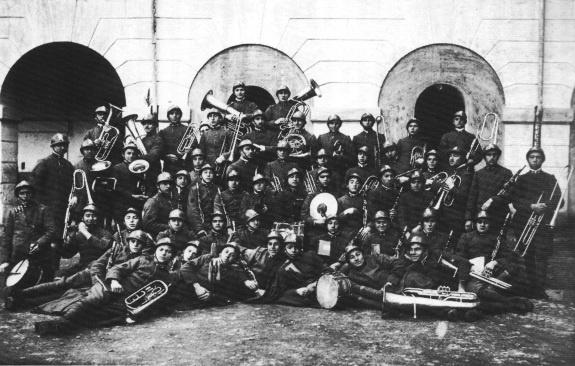 """1923: Il servizio militare. Cassano d'Adda, Milano, la """"Casa del soldato"""""""