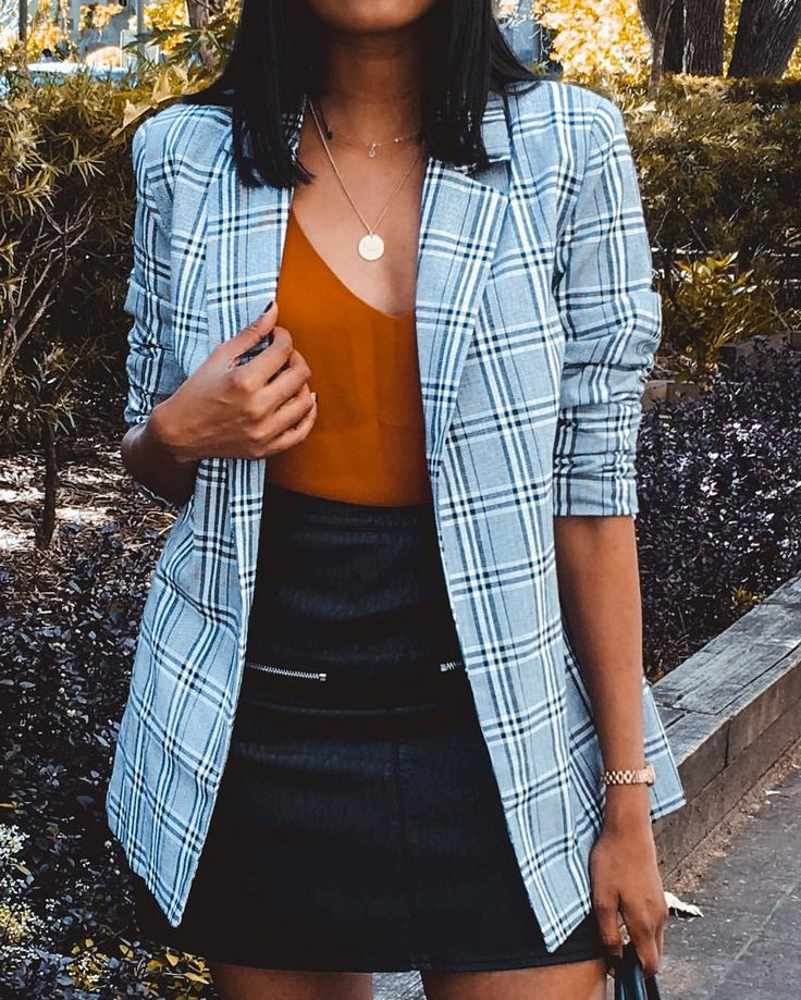 Throwback to this @missguided blazer 🙌🏾 Restyling with knits here in Japan 😍👍🏾 FY