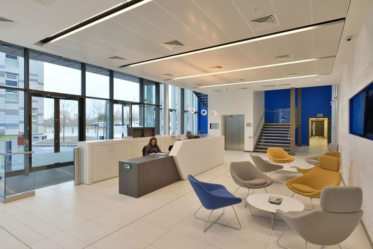 National Biologics Manufacturing Centre, Darlington, Armstrong Sufity Podwieszane, suspended ceiling, acoustic, sufit akustyczny,  reception, recepcja