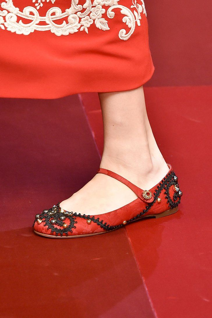 Pin for Later: The Top 7 Shoe Trends For Spring 2015  Dolce & Gabbana Spring 2015
