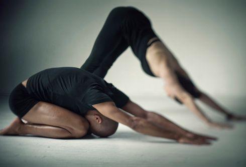Esercizi yoga per rassodare i glutei