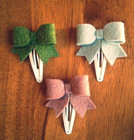 cute diy felt hair clip bows for toddler - hair ornaments, gift ideas