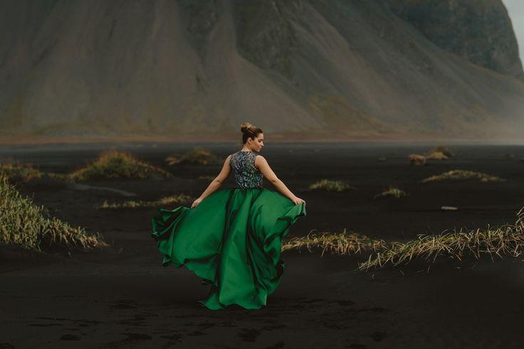 Esküvői kreatív fotózás Izlandon, szebbnél szebb Daalarna ruhákban | Secret Stories