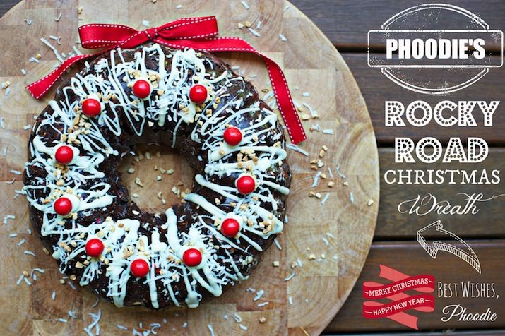 PHOODIE'S ROCKY ROAD CHRISTMAS WREATH