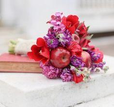 Свадебные букеты из фруктов и овощей