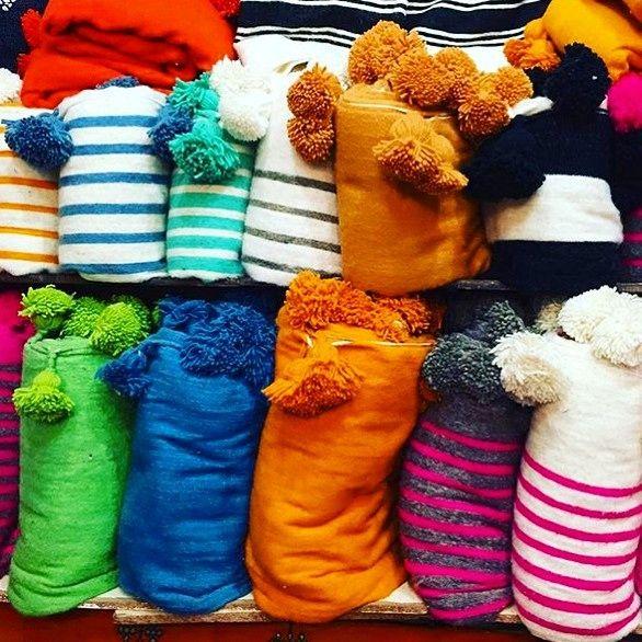 🔸Marrakech Souk🔸#medina #souk #blanket #color #colorful #colour #textil #marrakech #morocco #africa #lovemorocco #mydearmorocco 📷 @riadtimila 🔸💫▫️✨💕👏🔸💫▫️✨
