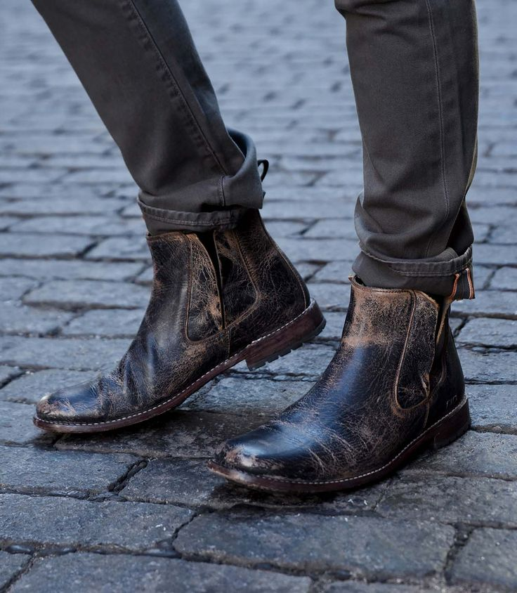 This mens TAURUS BED|STU boot pairs well with any casual street style look.