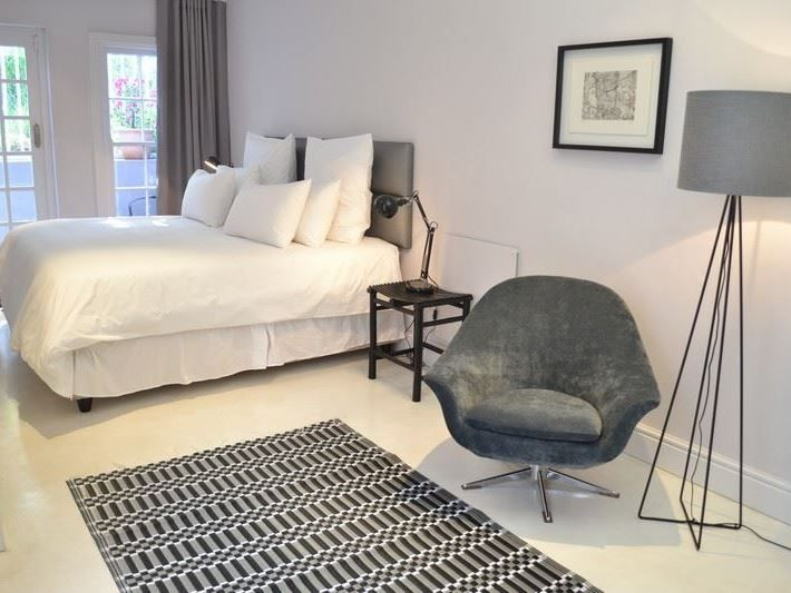 55 Loader Street - Situated in the trendy suburb of De Waterkant, 55 Loader Street offers stylish self-catering accommodation to guests.  It is a great option for couples or small groups hoping to explore Cape Town.  This ... #weekendgetaways #dewaterkant #southafrica
