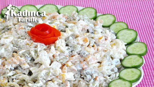 Labneli Makarna Salatası Tarifi nasıl yapılır? Labneli Makarna Salatası Tarifi'nin malzemeleri, resimli anlatımı ve yapılışı için tıklayın. Yazar: Pembe Tatlar