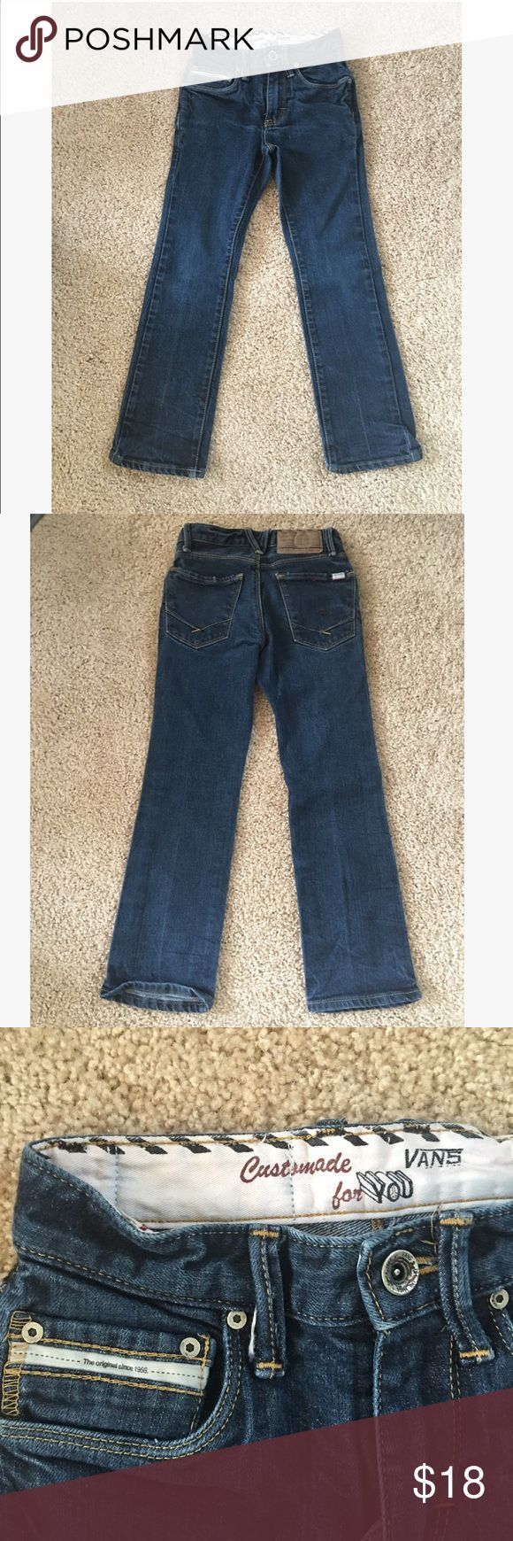 Vans for boys jeans sz: 6/7 Awesome pair of boys Vans jeans, hardly worn and in excellent condition sz: 22x23 equivalent to a boys sz: 6-7. Vans Bottoms Jeans