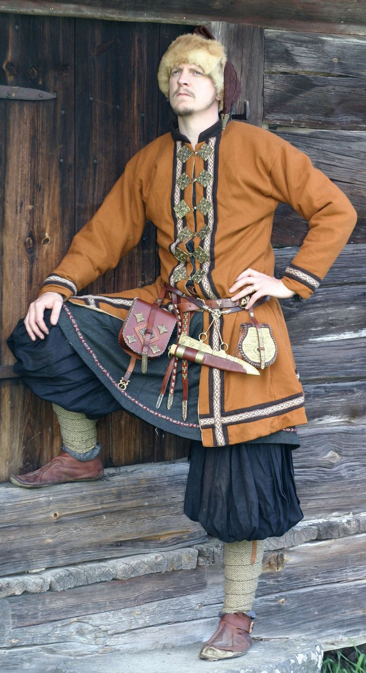 These Rus style coats are becoming increasingly popular now that we're finding more evidence. Vikings were flamboyant folks.