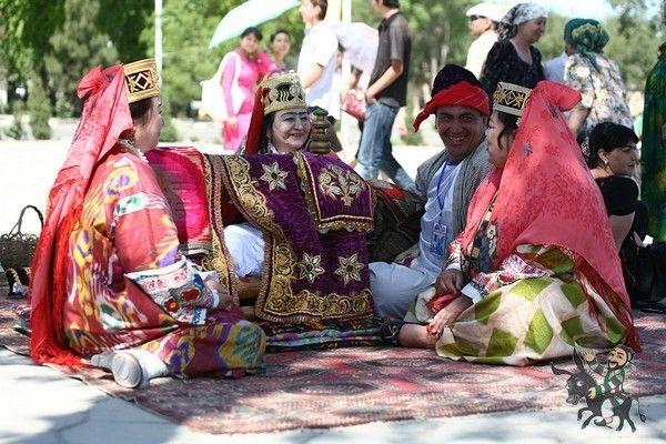 #Узбекистан #tour #алсамарканд #travel #trip #путешествие #khiva  #uzbekistan #хива #экскурсия #отдых #alsamarkand  #samarkand #старыеобычии #Бухара #отдыхссемьей #viptour