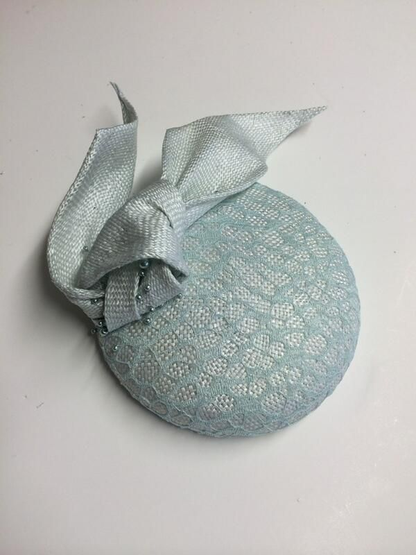 JaneTaylor Millinery @JTmillinery Beautiful lace dyed covered cocktail hat to match a clients outfit. #hats #ascot 13/06/14