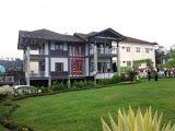 """Villa Abah yang laris di sewa untuk acara""""rombongan dengan halaman luas"""