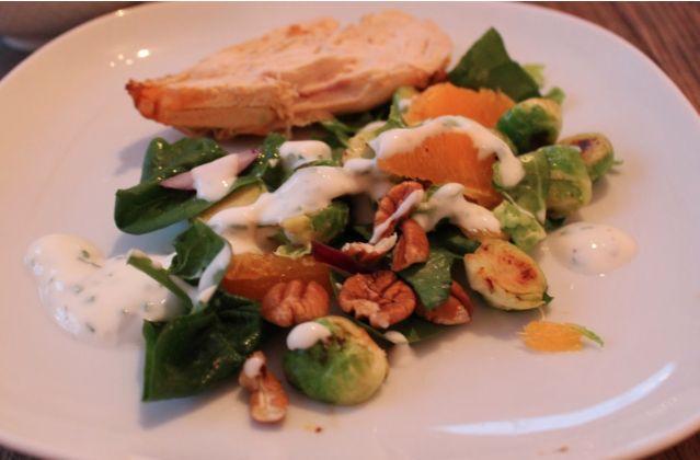 Vintersalat med rosenkål og appelsin