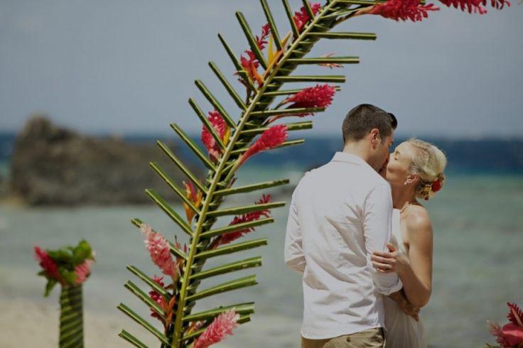 Erin & Mathew: Royal Davui Island   Zoomfiji - Fiji Wedding Photographers, Videographers