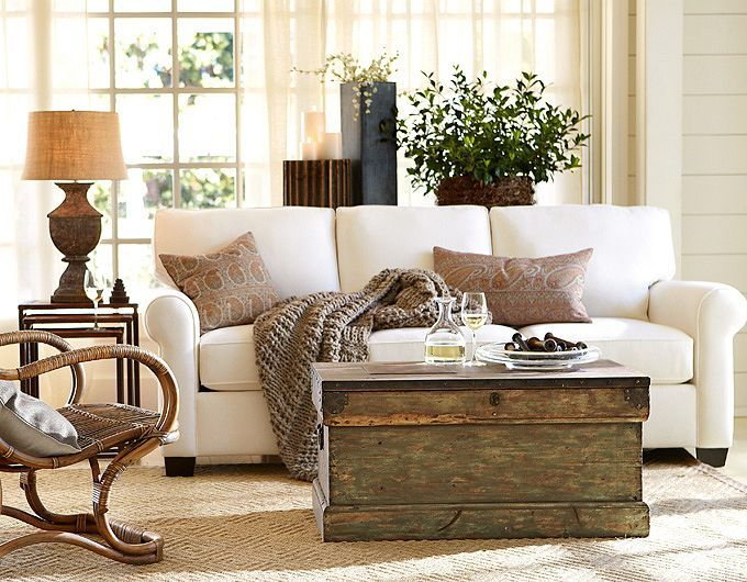 Trunk for coffee table good idea living room ideas - Coffee table ideas for living room ...