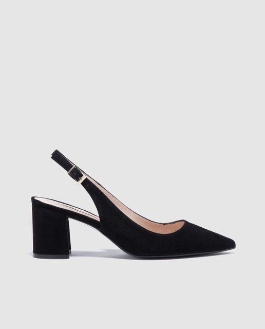 Pin en In her shoes