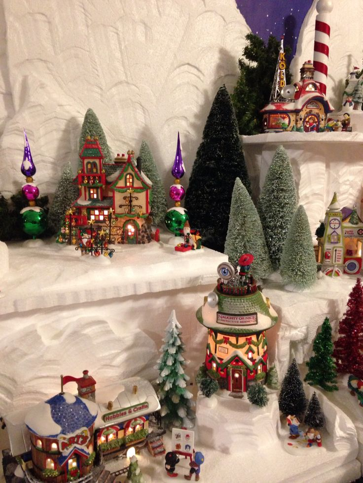 56 Best Images About: 964 Best Images About Dept. 56 Village Displays On Pinterest