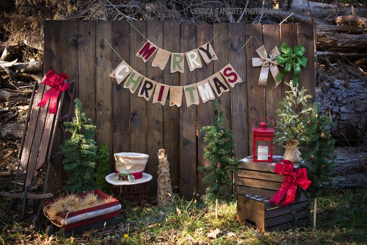 "Christmas mini. I have a chalkboard banner that looks similar to this.. we could write ""Merry Christmas""."