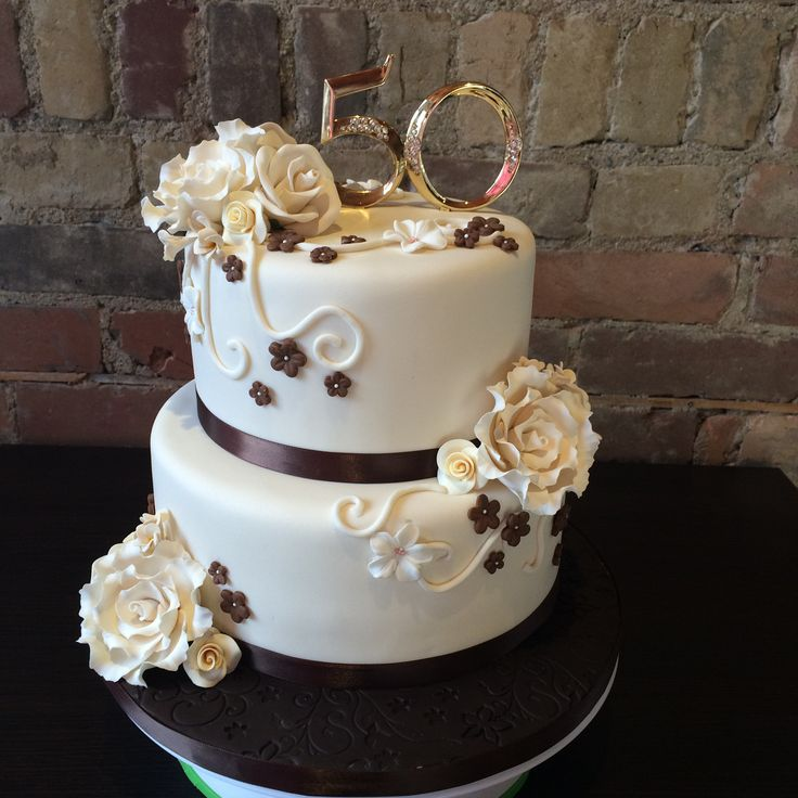 50th Wedding Anniversary Cake @sugaryswirls