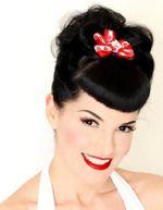 Pin Up Hair: Vintage Hairstyles, Black Hair, 1940S Hairstyles, Hairstyles Tutorials, Red Lips, Girls Hairstyles, Pin Up Hairstyles, Retro Hairstyles, Pin Up Girls