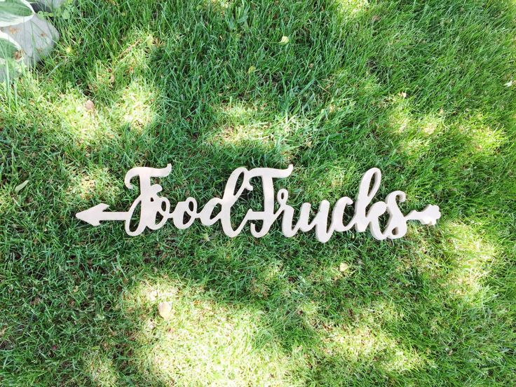 9 in-depth tips for planning your food truck wedding as seen on @offbeatbride