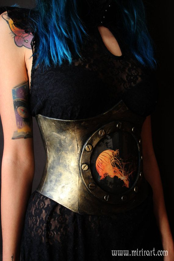 https://www.etsy.com/it/listing/500404984/corsetto-sottoseno-stringivita?ref=related-6