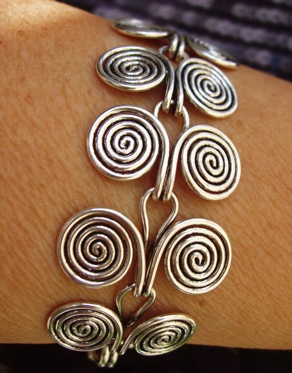 Wire Bracelet Etruscan swirls by wiredesignbydanilo on Etsy